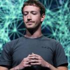 Сторінку Цукерберга у Facebook веде команда з щонайменше десятка людей