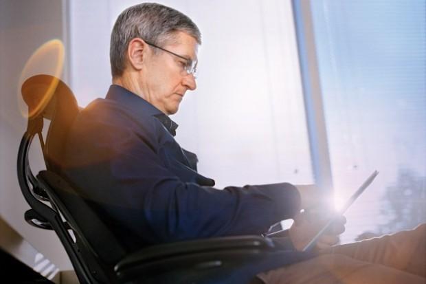 Керівник Apple Тім Кук зізнався в гомосексуальності