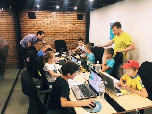 В Україні стартує проект з безкоштовної IT освіти для дітей