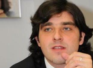Зізнання в зломі сайту Партії Регіонів у директора PR агентства вибивали кулаками