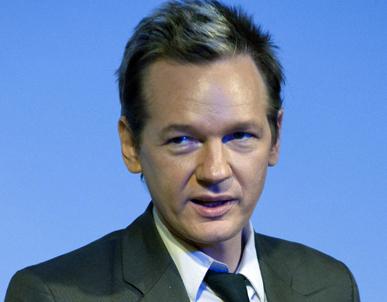 Дайджест: арешт засновника Wikileaks, Groupon заробив $800 млн, Одноклассники запустять відеочат