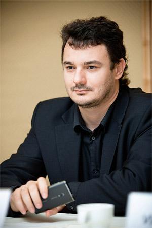 Денис Довгополий:успешные и влиятельные люди вкалывают как черти и не пиарятся
