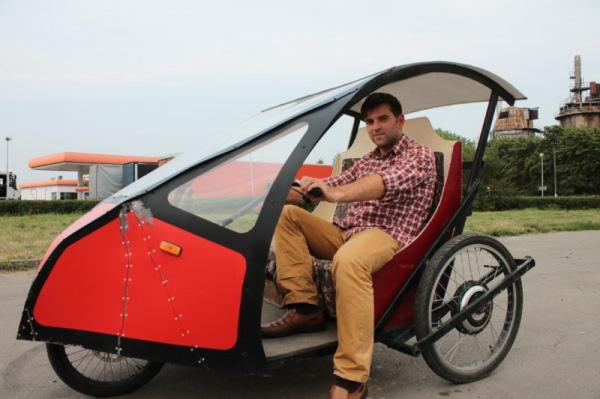 Український інженер створив електромобіль, що витрачає 6 грн на 100 км
