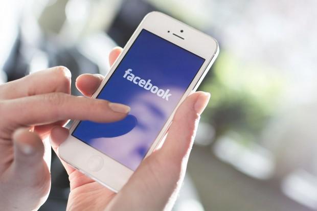 60% українців користуються Facebook за допомогою смартфона або планшета