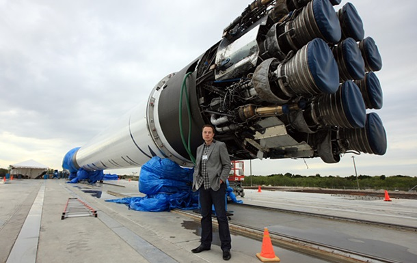 Маск опублікував відео невдалого приземлення Falcon 9 на платформу у відкритому океані