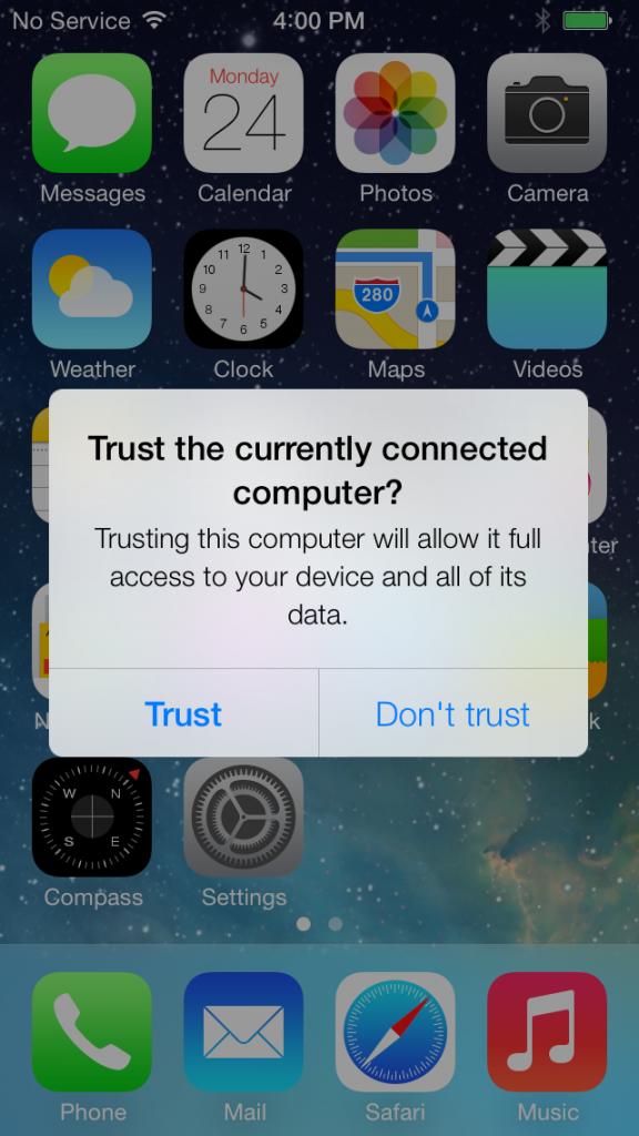 iPhone можна хахнути через зарядний пристрій. Apple пообіцяв закрити дірку