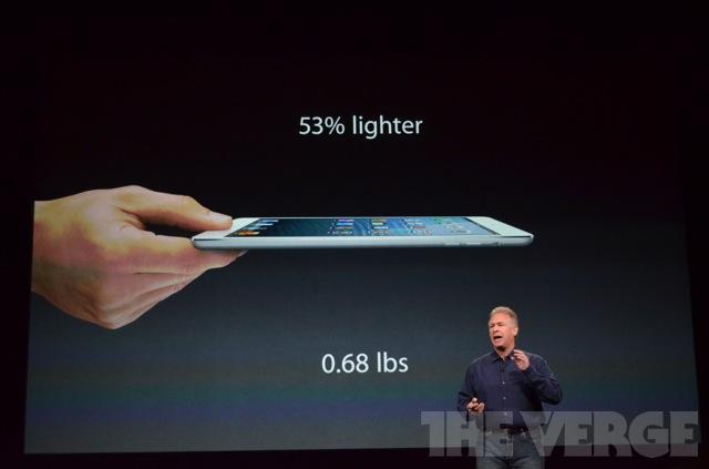 Apple показала планшет iPad четвертого покоління і iPad mini