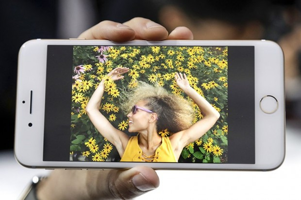 Бездротові навушники та до 256 ГБ памяті: Apple представила iPhone 7