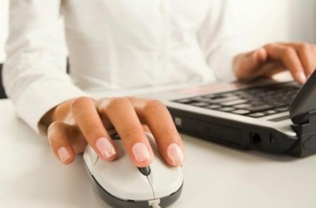 Користувачі віддають перевагу сайтам, а не Facebook сторінкам компаній
