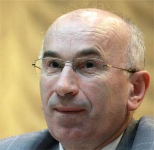 Комісія моралі в передсмертних конвульсіях все ще намагається боротись з інтернетом