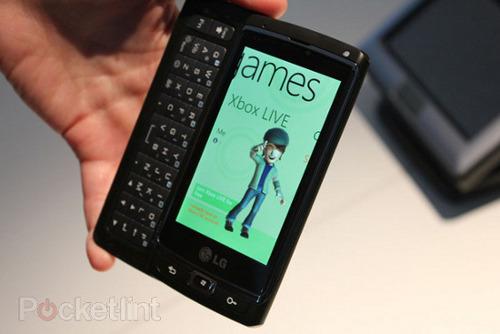 lg panther windows phone 7 2(1)