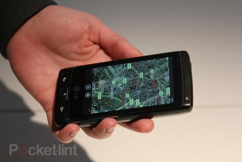 lg panther windows phone 7 4(1)