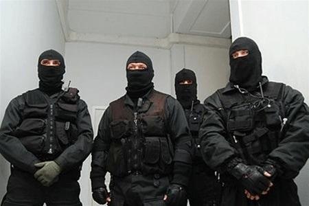 В Миколаєві міліція заблокувала в офісі близько 200 програмістів