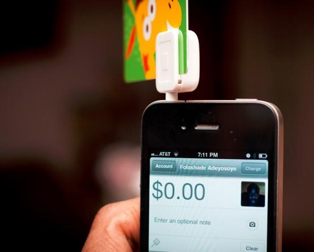 Депутати пропонують узаконити мобільні телефони в якості платіжного терміналу