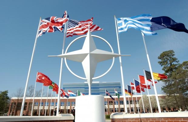 НАТО допоможе Україні протидіяти кібератакам