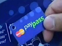 В Україні запрацювала система безконтакних платежів PayPass