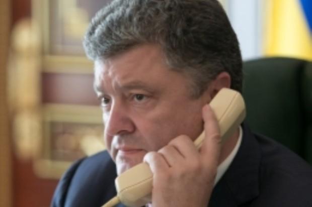 Порошенко підписав указ про запровадження 3G зв'язку в Україні
