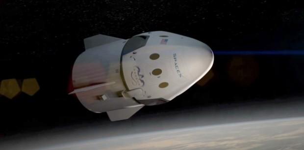 SpaceX завершила набір на тур до Місяця, політ заплановано на кінець 2018 го