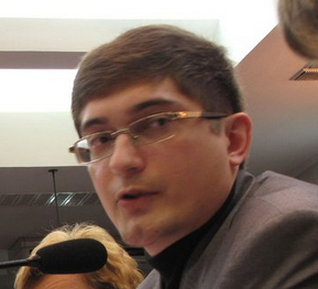 Українському блогеру погрожували за відео і заблокували його Facebook