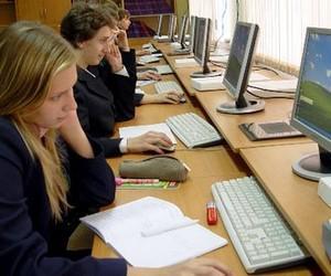 Міносвіти хоче закупити шкільні компютери на суму в 100 млн грн
