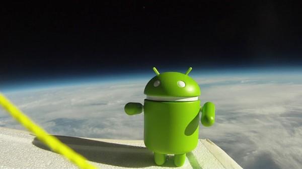 Google запустив Android у космос