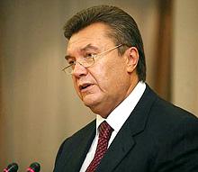 Янукович відклав захист персональних даних